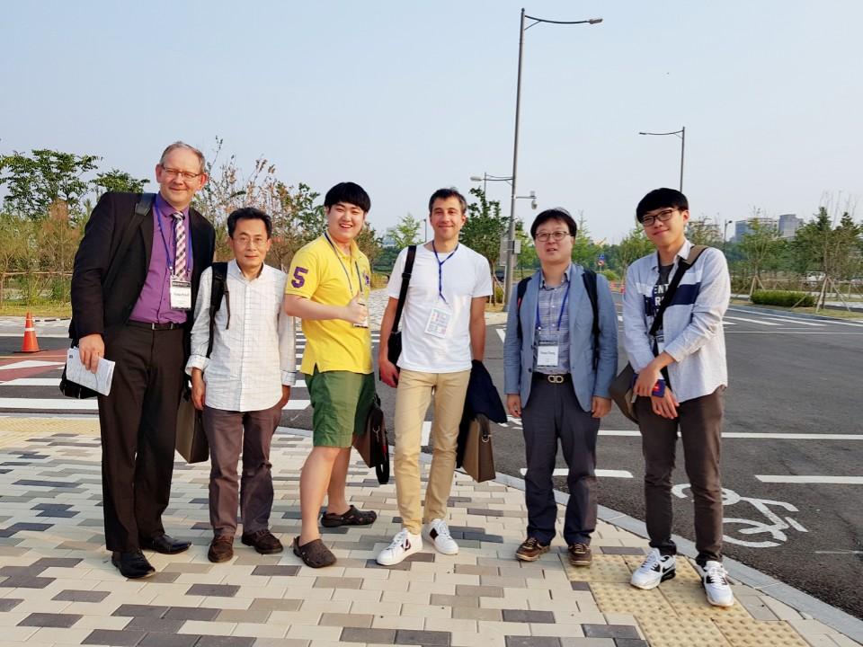 With_CEA_collaborators